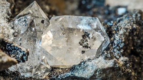 diamond https://farm8.staticflickr.com/7335/16331308347_4331574f6b_o.jpg