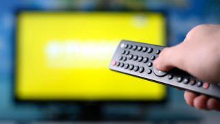 tévé, tv, tévéreklám, távkapcsoló