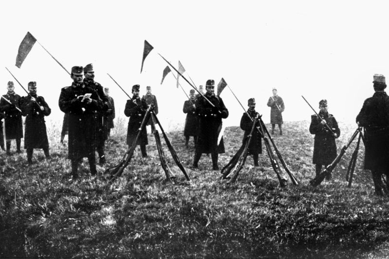 Austrian military during an exercise at the Serbian border in 1914. Set off by the deadly shots on Austrian heir to the throne Franz Ferdinand by Serbian nationalists on the 28th of June in 1914 in Sarajevo, World War I broke out. During World War I, Germany, Austria, Austria-Hungary as well as later Turkey and Bulgary fought against Britain, France and Russia. The sad end result in 1918 comprised roughly 8.5 million soldiers killed in action, more than 21 million wounded and almost 8 million prisoners of war and missing people.