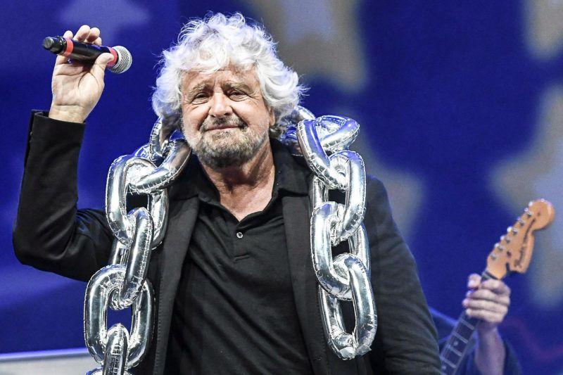 Rimini, 2017. szeptember 24.Beppe Grillo, az Öt Csillag Mozgalom (M5S) ellenzéki párt alapítója a szervezet rimini rendezvényén 2017. szeptember 23-án. (MTI/EPA/Filippo Pruccoli)