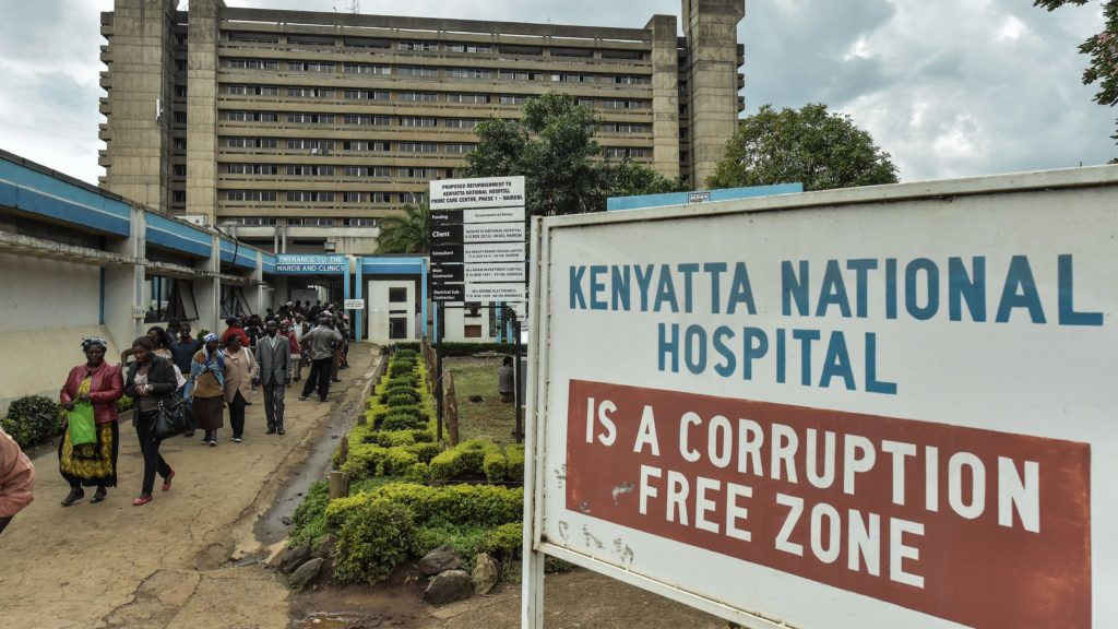 A picture taken in Nairobi on March 5, 2018 shows a general view of Kenyatta National Hospital where a brain surgery has been performed on the wrong patient.  A neurosurgeon at Kenya's largest hospital has been suspended after performing brain surgery on the wrong patient, the hospital said in a statement on March 2. The scandal, which prompted an outpouring of horror on social media, is the latest drama to hit the Kenyatta National Hospital in recent weeks, after allegations of staff sexually assaulting patients, and the theft of a baby. / AFP PHOTO / Simon MAINA