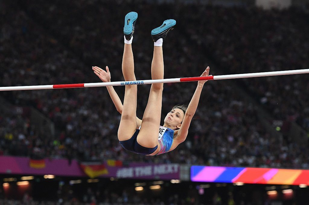 Authorised Neutral Athlete Maria Lasitskene competes in the final of the women's high jump athletics event at the 2017 IAAF World Championships at the London Stadium in London on August 12, 2017. / AFP PHOTO / Kirill KUDRYAVTSEV
