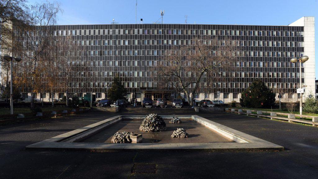 Debrecen, 2014. január 6. A Kenézy Kórház központi épülete. MTVA/Bizományosi: Oláh Tibor  *************************** Kedves Felhasználó! Az Ön által most kiválasztott fénykép nem képezi az MTI fotókiadásának, valamint az MTVA fotóarchívumának szerves részét. A kép tartalmáért és a szövegért a fotó készítõje vállalja a felelõsséget.