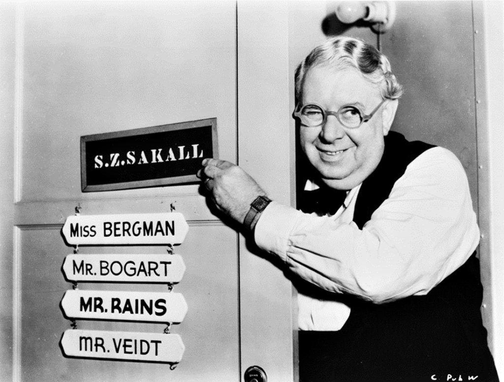 Casablanca (1942)werkfotó  Gerõ Jenõ vagy Szõke Szakáll (Budapest, 1884. február 2. – Los Angeles, 1955. február 12.) magyar kabarészerzõ és színész, aki Magyarország után Ausztriában, Németországban, majd az Amerikai Egyesült Államokban folytatta pályáját.