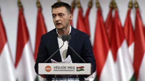 Budapest, 2017. november 12. Rogán Antal, a Miniszterelnöki Kabinetirodát vezetõ miniszter felszólal a Fidesz XXVII., tisztújító kongresszusán a budapesti Hungexpón 2017. november 12-én. MTI Fotó: Koszticsák Szilárd