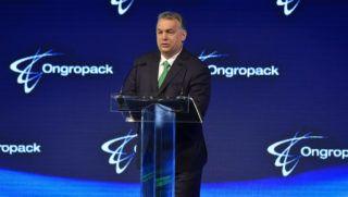 Szirmabesenyõ, 2018. március 27. Orbán Viktor miniszterelnök beszédet mond a mûanyag termékek elõállításával és forgalmazásával foglalkozó Ongropack Kft. szirmabesenyõi gyárának avatásán 2018. március 27-én. MTI Fotó: Czeglédi Zsolt