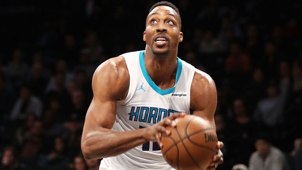 NEW YORK, NY - MARCH 21: Dwight Howard #12 of the Charlotte Hornets looks to take a shot against the Brooklyn Nets in the fourth quarter during their game at Barclays Center on March 21, 2018 in the Brooklyn borough of New York City. NOTE TO USER: User expressly acknowledges and agrees that, by downloading and or using this photograph, User is consenting to the terms and conditions of the Getty Images License Agreement.  (Photo by Abbie Parr/Getty Images)