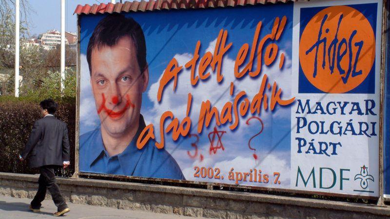 Budapest, 2002. április 4. Választási plakátok.MTI Fotó: Czimbal Gyula
