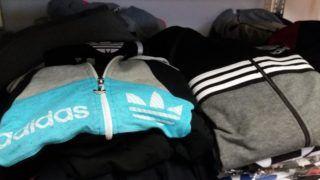 2d20d0a183 A NAV lecsapott egy rakás hamis Adidas melegítőre, amiket a Facebookon  hirdettek