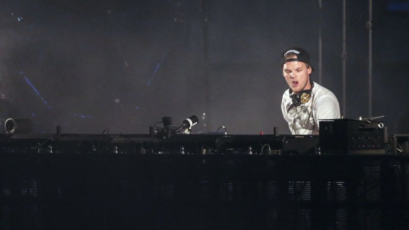 Picture taken on May 30, 2015 shows Swedish musician, DJ, remixer and record producer Avicii (Tim Bergling) performing at the Summerburst music festival at Ullevi stadium in Gothenburg, Sweden. It was confirmed Avicii died on April 20, 2018 in Muscat, Oman. / AFP PHOTO / TT NEWS AGENCY AND TT News Agency / Bjorn LARSSON ROSVALL / Sweden OUT