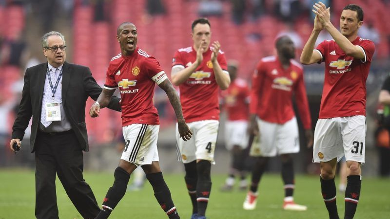 Manchester United players react at the final whistle during the English FA Cup semi-final football match between Tottenham Hotspur and Manchester United at Wembley Stadium in London, on April 21, 2018. / AFP PHOTO / Glyn KIRK / NOT FOR MARKETING OR ADVERTISING USE / RESTRICTED TO EDITORIAL USE