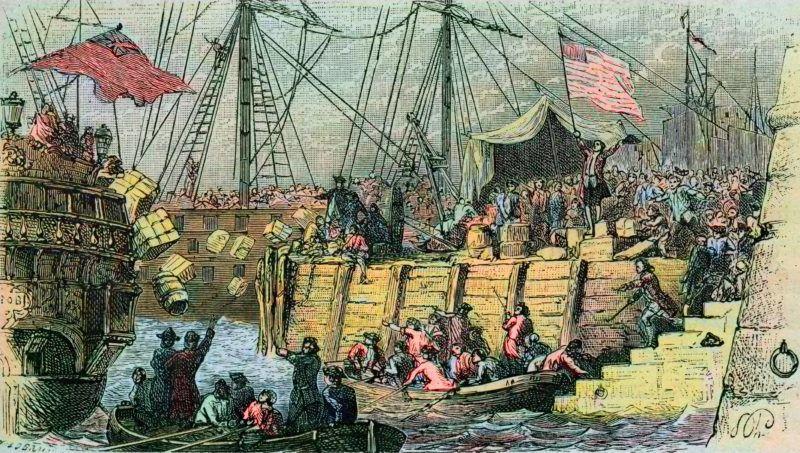 """Guerre d'independance des Etats Unis : revolte des colons americains (d'origine de Grande Bretagne) contre les taxes imposees par le Parlement anglais sur le the et autres denrees. Ils se deguisent en indiens et jettent a la mer, apres s'etre introduit sur les navires de commerce, les cargaisons de the. Il s'agit des """"Boston tea party"""" (partie de The de Boston) qui eurent lieu en 1773 Boston tea party : The Boston Tea Party, December 16th, 1773 ; colonists disguised as Mohawk Indians destroy chests of tea on ships in Boston Harbour as a protest against import duty tax -  engraving from """"L'histoire de France racontee a mes petits-enfants"""" - par  Francois Guizot - 1872-1876 ©Bianchetti/Leemage"""