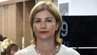 Budapest, 2017. július 31.Bártfai-Mager Andrea postaügyért és nemzeti pénzügyi szolgáltatásokért felelős kormánybiztos az MFB Pont közvetítői hálózat újonnan megnyitott fiókjában az MKB Bank Váci utcai székházában 2017. július 31-én. Összesen 750 milliárd forint fejlesztési forrás lesz elérhető a kibővített MFB Pontok hálózatánál hitelprogramok keretében 2020-ig a kis- és középvállalkozások és a lakosság számára.MTI Fotó: Máthé Zoltán