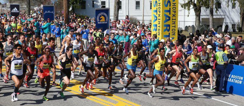 HOPKINTON, MA - APRIL 18: The Elite Men's division starts the 120th Boston Marathon on April 18, 2016 in Hopkinton, Massachusetts.   Tim Bradbury/Getty Images/AFP