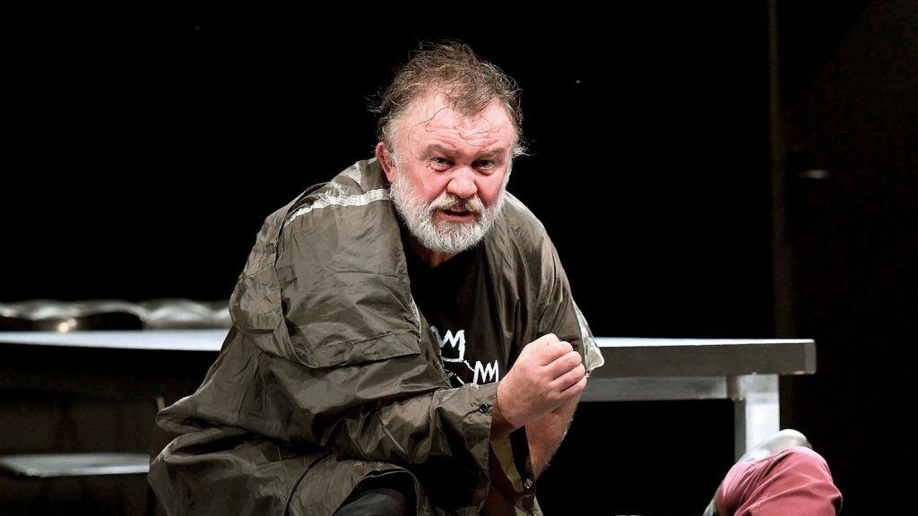 A IV. Henrik című dráma bemutatója az Örkény Színházban