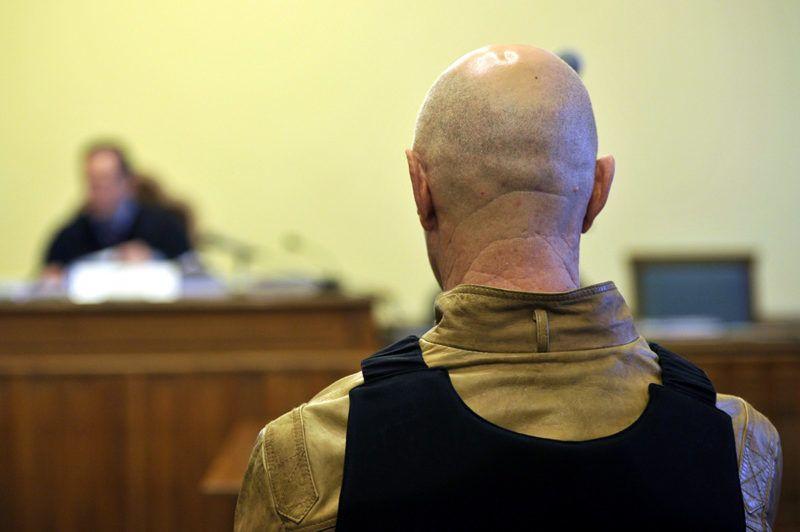 Budapest, 2014. április 3.A Fenyő-gyilkossággal vádolt Jozef R. büntetőperének tárgyalásán a Fővárosi Törvényszék tárgyalótermében 2014. április 3-án.MTI Fotó: Kovács Attila