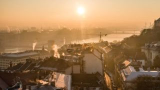 Budapest, 2016. december 31.Napkelte Budapesten 2016. december 31-én.MTI Fotó: Balogh Zoltán