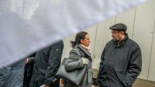Budapest, 2018. március 24. Szabó Tímea, a Párbeszéd társelnöke és Komáromi Zoltán háziorvos, egészségügyi szakpolitikus a Független Egészségügyi Szakszervezet (FESZ) Tüntetés a magyar egészségügyért! elnevezésû demonstrációján Budapesten, az Alkotmány utcában 2018. március 24-én. MTI Fotó: Balogh Zoltán