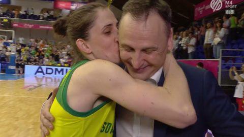 Szerelmet vallott a Sopron kosáredzője játékosának