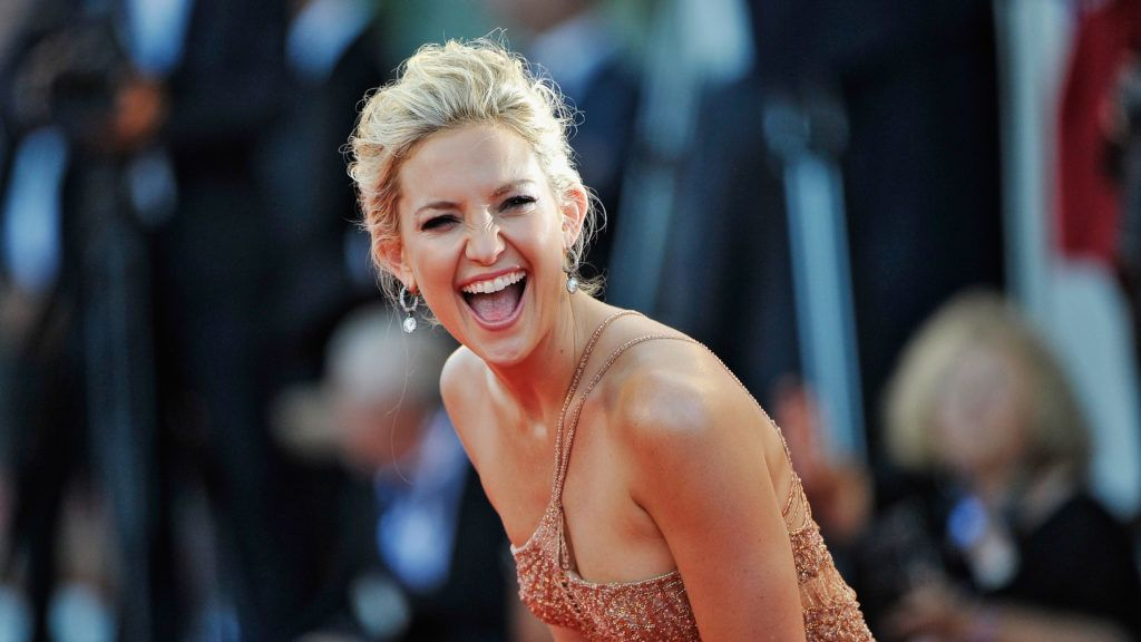 """VENICE, ITALY - AUGUST 29:  Actress Kate Hudson attends """"The Reluctant Fundamentalist"""" Premiere And Opening Ceremony during the 69th Venice International Film Festival at Palazzo del Cinema on August 29, 2012 in Venice, Italy.  (Photo by Gareth Cattermole/Getty Images)"""