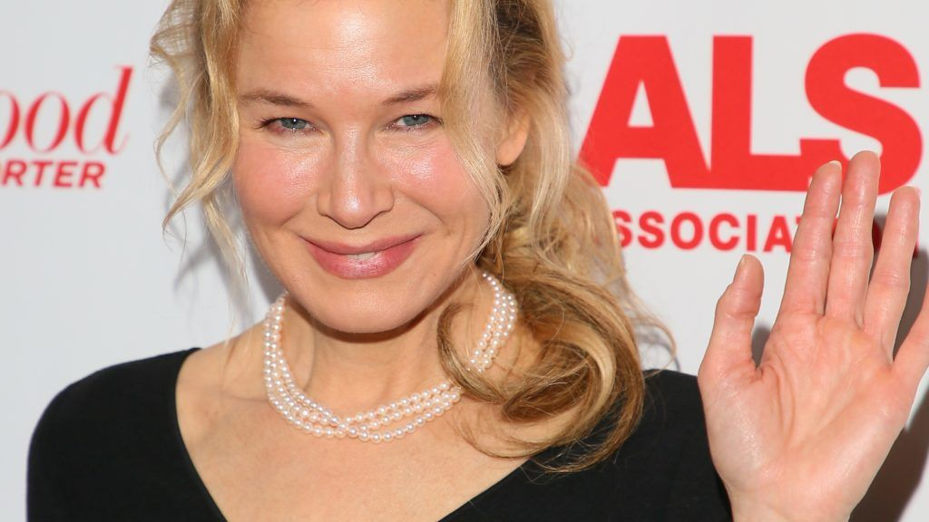 SANTA MONICA, CA - DECEMBER 02: Renee Zellweger attends the ALS Golden West Chapter Hosts Champions for Care and a cure on December 02, 2017 in Los Angeles, California. (Photo by JB Lacroix/ Getty Images)