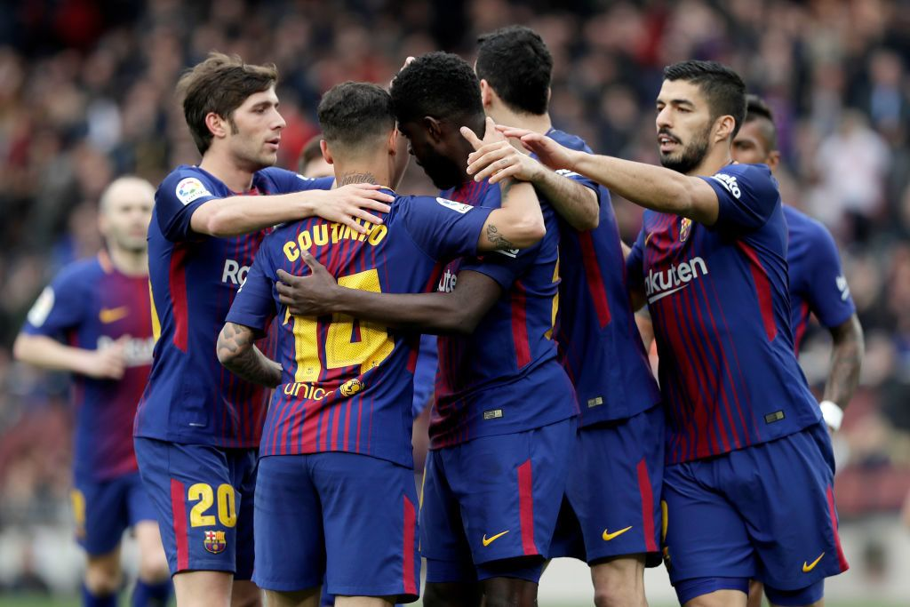 BARCELONA, SPAIN - APRIL 14: Samuel Umtiti of FC Barcelona celebrates 2-0 with Sergi Roberto of FC Barcelona, Philippe Coutinho of FC Barcelona, Sergio Busquets of FC Barcelona, Luis Suarez of FC Barcelona  during the La Liga Santander  match between FC Barcelona v Valencia at the Camp Nou on April 14, 2018 in Barcelona Spain (Photo by David S. Bustamante/Soccrates/Getty Images)