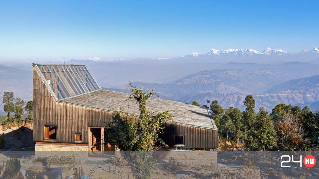 Himalájai panorámát kínál a mesés faház