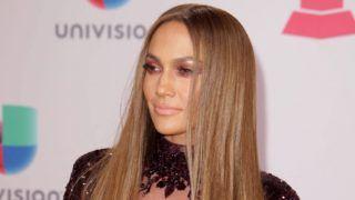 Las Vegas, 2016. november 18. Jennifer Lopez amerikai énekesnõ a Latin Grammy-díjak 17. átadási ünnepségén a nevadai Las Vegasban 2016. november 17-én. (MTI/EPA/Mike Nelson)