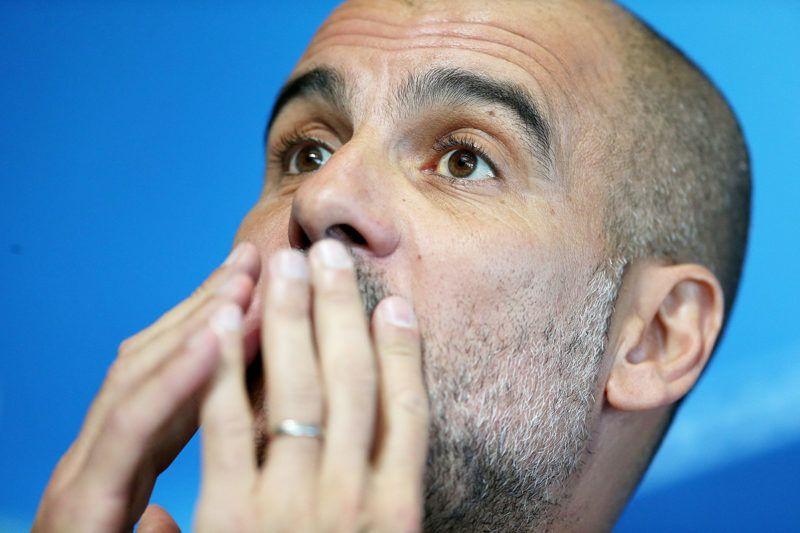 Manchester, 2018. április 9.Pep Guardiola, a Manchester City spanyol vezetőedzője sajtóértekezletet tart Manchesterben 2018. április 9-én, egy nappal a Liverpool elleni Bajnokok Ligája negyeddöntő visszavágója előtt. (MTI/EPA/Nigel Roddis)
