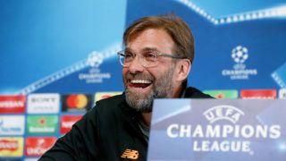 Manchester, 2018. április 9.Jürgen Klopp, a Liverpool vezetőedzője egy manchesteri sajtóértekezleten 2018. április 9-én. A Liverpool másnap a Manchester City ellen játszik a labdarúgó Bajnokok Ligájában. (MTI/EPA/Nigel Roddis)
