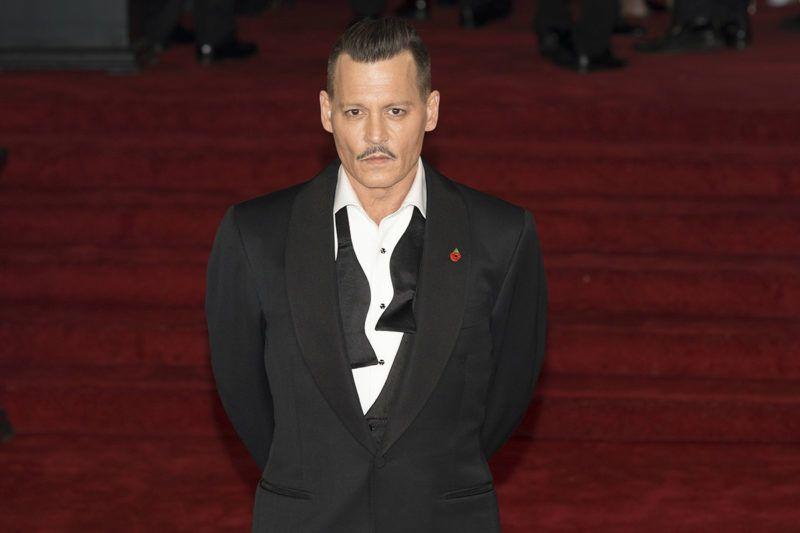 'ÄăJohnny Depp attends Murder On The Orient Express World Premiere - London, England (02/11/2017) | usage worldwide