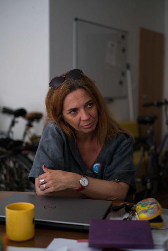 Barna Erika, a Ferencvárosi Közösségi Alapítvány igazgatója és kuratóriumi tagja interjút ad az alapítvány irodájában, Budapesten, 2018. május 24-én.