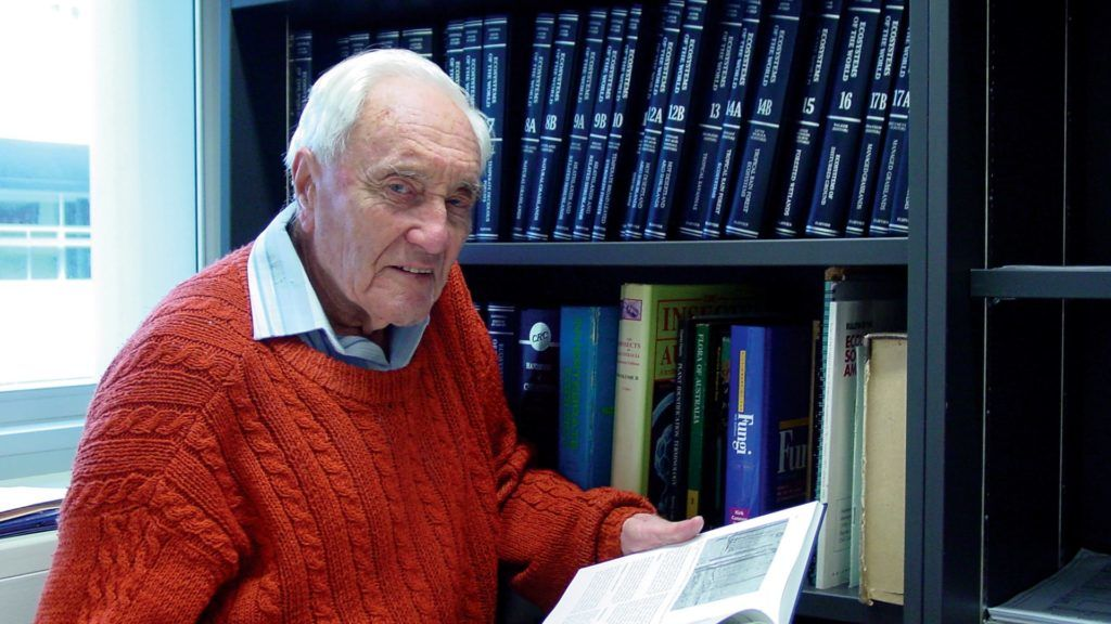 """This undated handout photo received on April 30, 2018 from Exit International shows Australia's oldest scientist David Goodall in his hometown Perth.  Goodall, who is now 104 and caused a stir when his university tried to vacate his office aged 102, will fly to Switzerland in early May to end his life, reigniting a national euthanasia debate.  / AFP PHOTO / Exit International / Handout / RESTRICTED TO EDITORIAL USE - MANDATORY CREDIT """"AFP PHOTO / EXIT INTERNATIONAL"""" - NO MARKETING NO ADVERTISING CAMPAIGNS - DISTRIBUTED AS A SERVICE TO CLIENTS == NO ARCHIVE"""