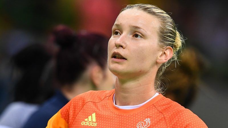 France's goalkeeper Amandine Leynaud reacts after France lost during the women's Gold Medal handball match France vs Russia for the Rio 2016 Olympics Games at the Future Arena in Rio on August 20, 2016. / AFP PHOTO / FRANCK FIFE