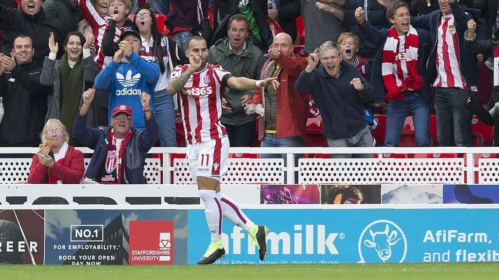 Stoke City's Spanish striker Jese celebrates scoring the opening goal of the English Premier League football match between Stoke City and Arsenal at the Bet365 Stadium in Stoke-on-Trent, central England on August 19, 2017. / AFP PHOTO / Roland Harrison / RESTRICTED TO EDITORIAL USE. No use with unauthorized audio, video, data, fixture lists, club/league logos or 'live' services. Online in-match use limited to 75 images, no video emulation. No use in betting, games or single club/league/player publications.  /
