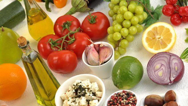 MEDITERRANEAN DIET     CARDOSO / BSIP
