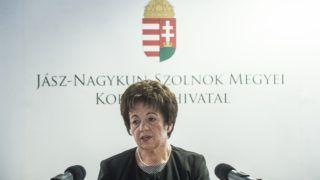 Szolnok, 2018. február 27. Kállai Mária kormánymegbízott beszédet mond a Szolnoki Járási Hivatal új székházának avatásán 2018. február 27-én. MTI Fotó: Ujvári Sándor