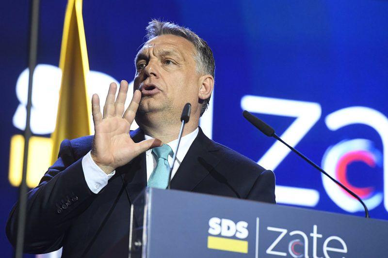 Celje, 2018. május 11.Orbán Viktor miniszterelnök beszédet mond a Szlovén Demokrata Párt (SDS) kampányrendezvényén Celjén, a Golovec csarnokban 2018. május 11-én. Szlovéniában június 3-án előrehozott parlamenti választásokat tartanak.MTI Fotó: Koszticsák Szilárd