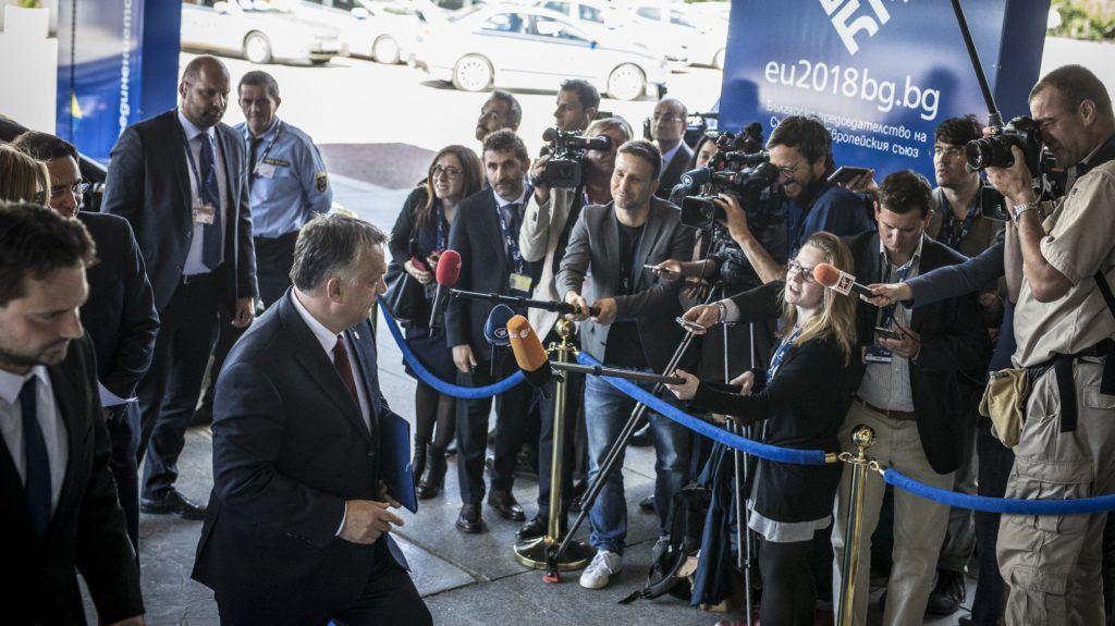 Szófia, 2018. május 16. Orbán Viktor miniszterelnök az Európai Néppárt (EPP) ülésére érkezik Szófiában az EU és a nyugat-balkáni országok csúcstalálkozója elõtti napon, 2018. május 16-án. MTI Fotó: Miniszterelnöki Sajtóiroda / Szecsõdi Balázs