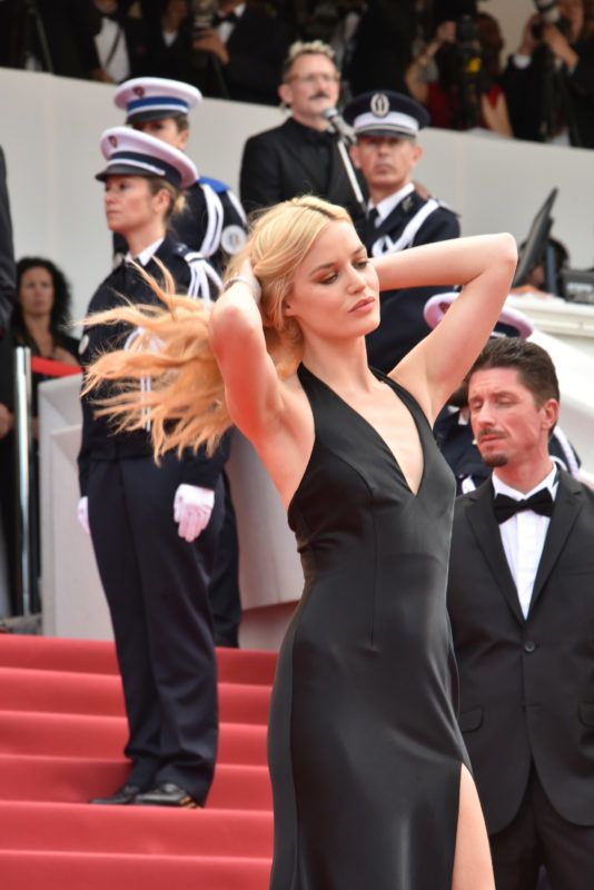 CANNES, FRANCE - MAY 08:  Georgia May Jagger attends the Premiere of 'Everybody Knows (Todos Lo Saben)' and the opening gala during the 71st annual Cannes Film Festival at Palais des Festivals on May 8, 2018 in Cannes, France.  (Photo by Foc Kan/FilmMagic)