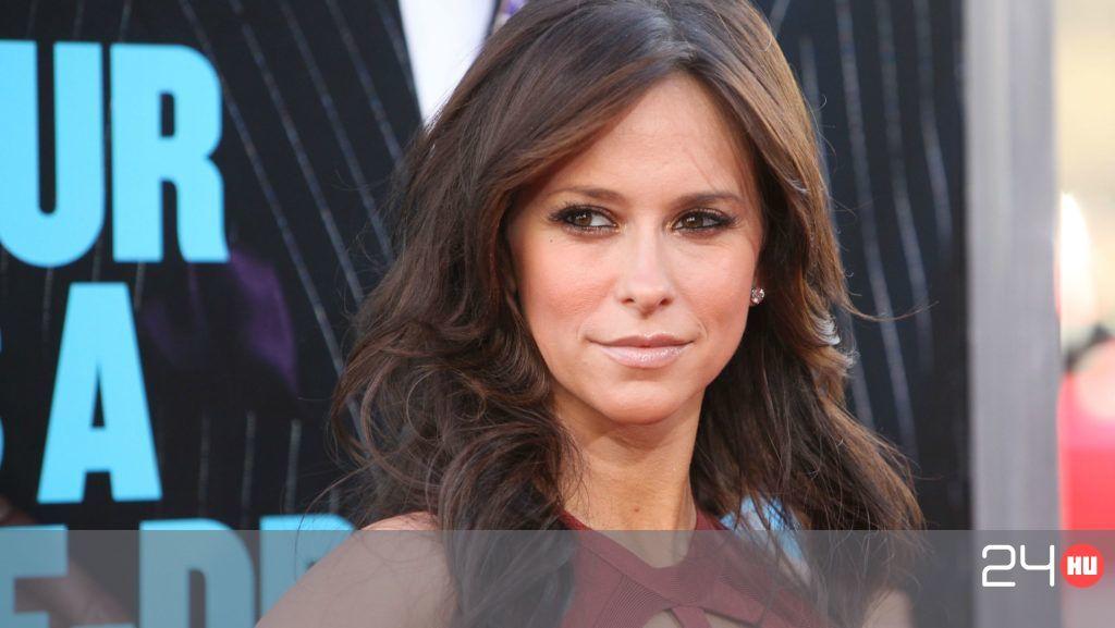 Jennifer Love Hewitt: Bocsánat, hogy ilyen rosszul néztem ki a vörös szőnyegen