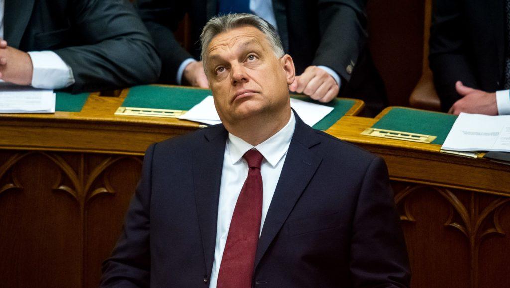 Egy mondattal lerendezte Orbán az őt kérdező újságírókat