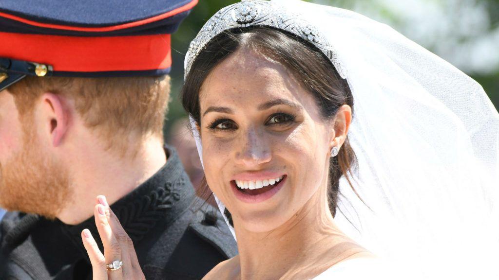 A rajongóknak szemet szúrt egy hiba Harry herceg és Meghan hercegné esküvői fotóin