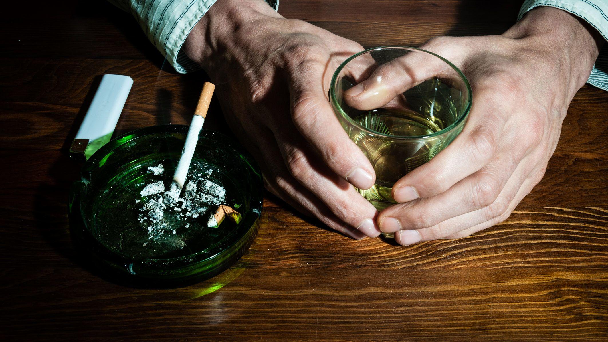 Illegális drogok dohányzása