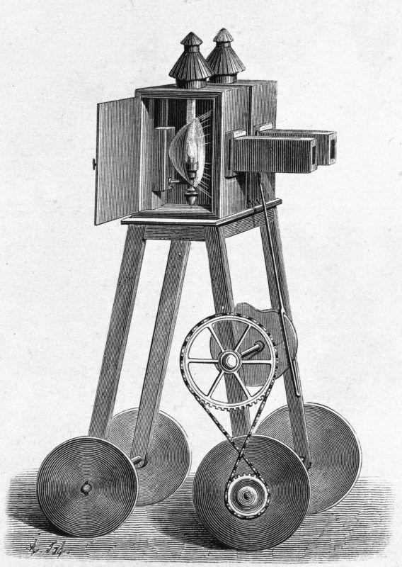 """Le """"Fantascope"""" du physicien belge Etienne Gaspard Robert, dit Robertson, sorte de lanterne magique utilisée notamment au théâtre des Soirées-Fantastiques, à Paris, en 1798.     RV-746380"""