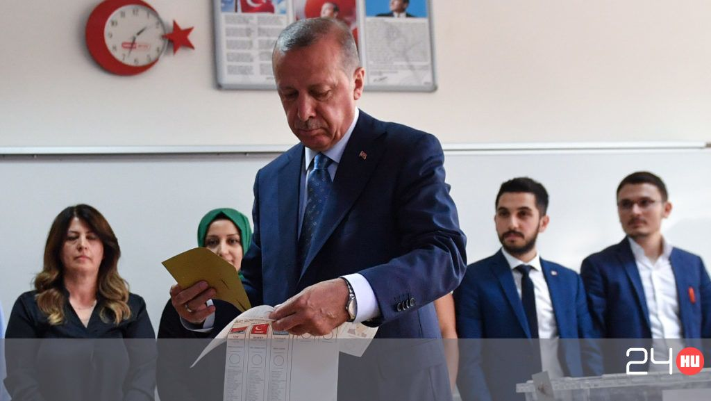 Erdogané a teljhatalom: megnyerte a török elnökválasztást