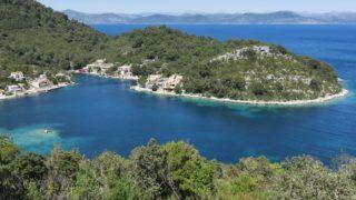 Croatia, Dalmatia, Mljet Island, Little bay of Prozura, view to the Dalmatian Coast