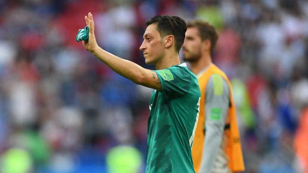 27 June 2018, Russia, Kazan: Soccer, FIFA World Cup, group F preliminary, Germany vs South Korea at the Kazan-Arena. Germany's Mesut Özil. Photo: Andreas Gebert/dpa