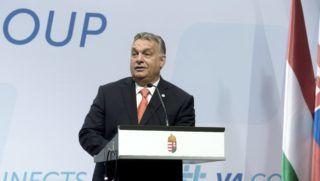 Budapest, 2018. június 21. Orbán Viktor miniszterelnök a visegrádi négyek sajtótájékoztatóján a Várkert Bazárban 2018. június 21-én. Magyarország átadta a visegrádi együttmûködés elnökségét Szlovákiának, amely július 1-jétõl egy évig vezeti a csoportot. MTI Fotó: Koszticsák Szilárd