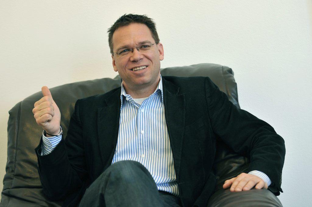 Budapest, 2012. március 1. Fürjes Balázs, a budapesti nagyberuházásokért felelõs kormánybiztos irodájában. MTI Fotó: Soós Lajos